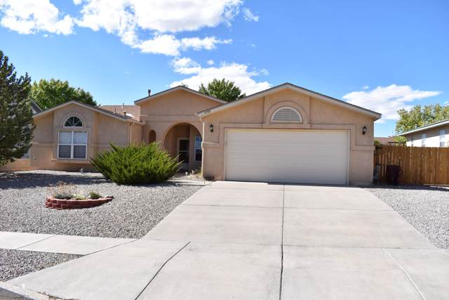 4705 Lyndsey Hills Place NE, Rio Rancho, NM 87144 (MLS #955327) :: The Bigelow Team / Red Fox Realty