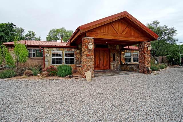 937 Green Valley Road NW, Los Ranchos, NM 87107 (MLS #955421) :: The Bigelow Team / Red Fox Realty