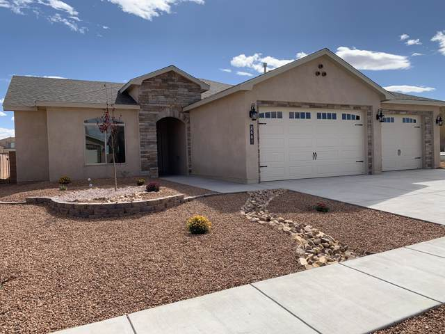 2661 Firewheel Avenue SW, Los Lunas, NM 87031 (MLS #955438) :: Campbell & Campbell Real Estate Services