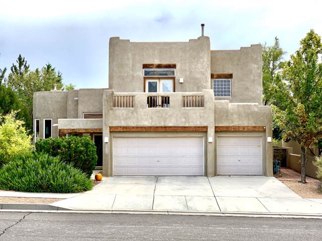 12712 Sunset Ridge Place NE, Albuquerque, NM 87111 (MLS #955633) :: Campbell & Campbell Real Estate Services