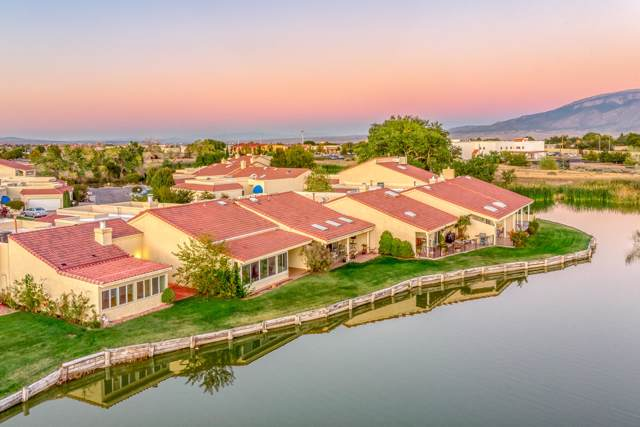 522 Eastlake Drive SE, Rio Rancho, NM 87124 (MLS #955656) :: Campbell & Campbell Real Estate Services