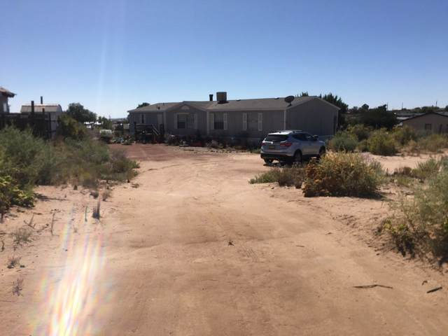 508 12TH Avenue NW, Rio Rancho, NM 87144 (MLS #955696) :: Campbell & Campbell Real Estate Services