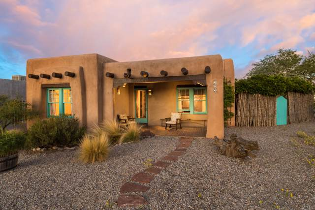 202 Bryn Mawr Drive NE, Albuquerque, NM 87106 (MLS #955700) :: Campbell & Campbell Real Estate Services