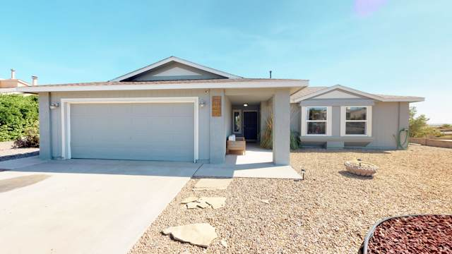 2150 Blue River Court NE, Rio Rancho, NM 87124 (MLS #955790) :: The Bigelow Team / Red Fox Realty