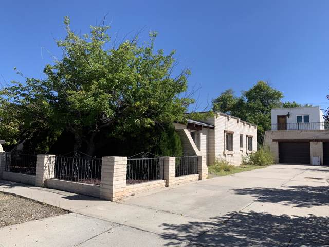408 6TH Street, Belen, NM 87002 (MLS #955834) :: Campbell & Campbell Real Estate Services