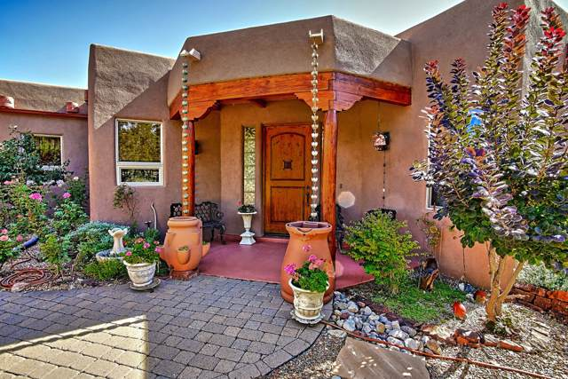 6 Teypana Drive, Tijeras, NM 87059 (MLS #955961) :: Campbell & Campbell Real Estate Services