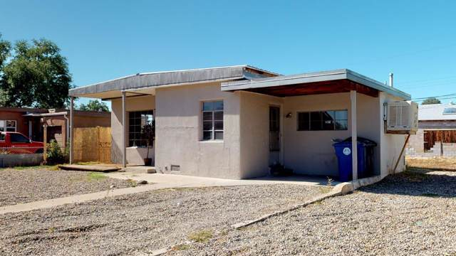 2823 Madison Street NE, Albuquerque, NM 87110 (MLS #956142) :: The Bigelow Team / Red Fox Realty