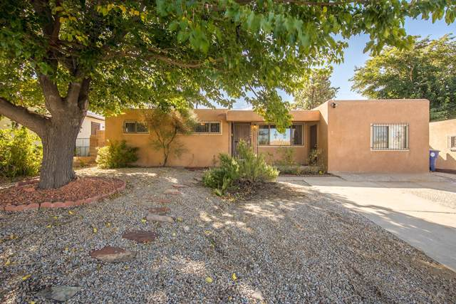 11208 Prospect Avenue NE, Albuquerque, NM 87112 (MLS #956446) :: Campbell & Campbell Real Estate Services