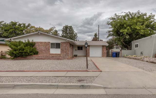 11617 Nambe Avenue NE, Albuquerque, NM 87123 (MLS #956471) :: Campbell & Campbell Real Estate Services