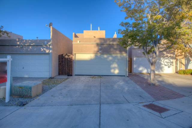 4611 Gretta Court NE, Albuquerque, NM 87111 (MLS #956495) :: Campbell & Campbell Real Estate Services