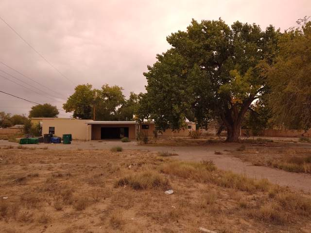 290 Valley High Street SW, Albuquerque, NM 87105 (MLS #956529) :: Campbell & Campbell Real Estate Services