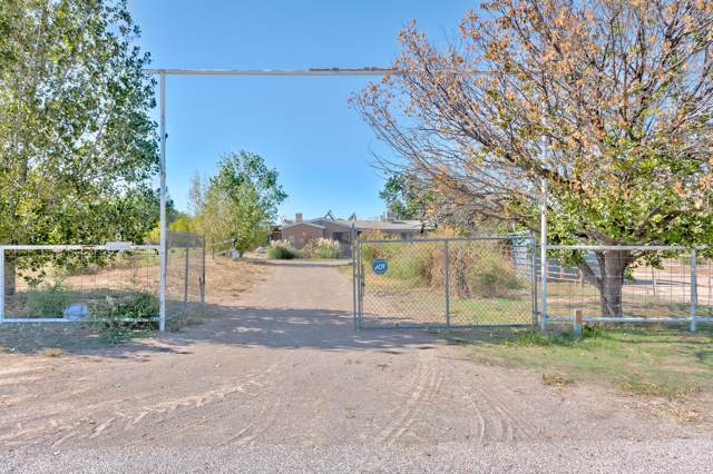 9 Pueblitos Road, Belen, NM 87002 (MLS #956628) :: Campbell & Campbell Real Estate Services