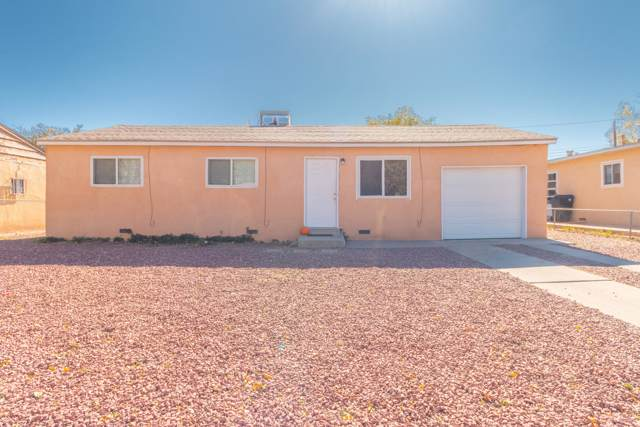 1700 Towner Avenue NW, Albuquerque, NM 87104 (MLS #957176) :: Campbell & Campbell Real Estate Services