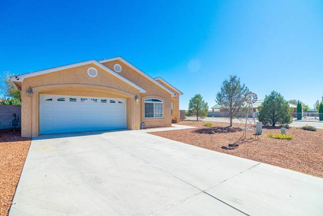 1686 Nancy Lopez Boulevard, Rio Communities, NM 87002 (MLS #957399) :: Campbell & Campbell Real Estate Services