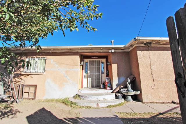 200 Bethel Drive SE, Albuquerque, NM 87102 (MLS #957432) :: Campbell & Campbell Real Estate Services