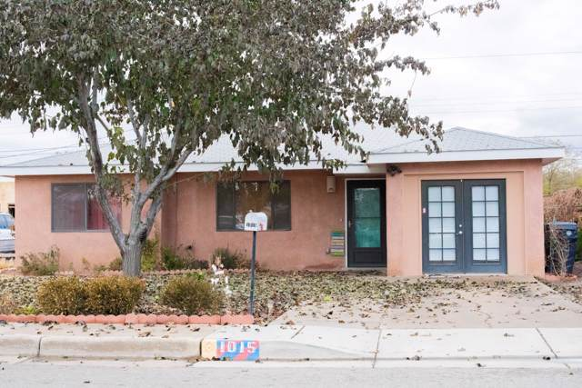 1015 Lynch Court NW, Albuquerque, NM 87104 (MLS #957566) :: Campbell & Campbell Real Estate Services