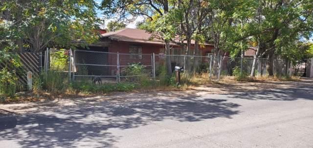 1326 Entrada Bonita Street SW, Albuquerque, NM 87105 (MLS #957625) :: Campbell & Campbell Real Estate Services