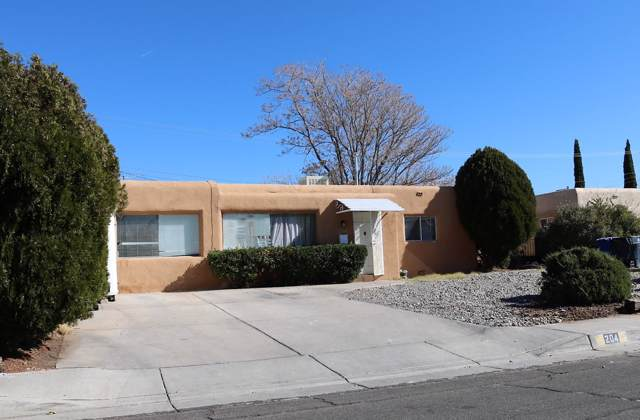 204 Laguayra Drive NE, Albuquerque, NM 87108 (MLS #957627) :: Campbell & Campbell Real Estate Services