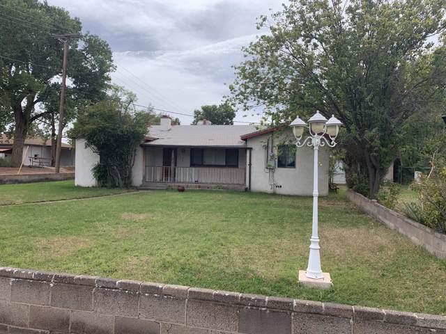 2048 Gun Club Road SW, Albuquerque, NM 87105 (MLS #957633) :: Silesha & Company