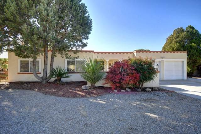 3033 Toreador Drive NE, Albuquerque, NM 87111 (MLS #957648) :: Campbell & Campbell Real Estate Services