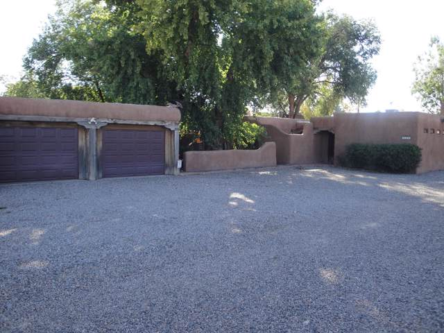 7513 Guadalupe Trail NW, Los Ranchos, NM 87107 (MLS #957695) :: Campbell & Campbell Real Estate Services