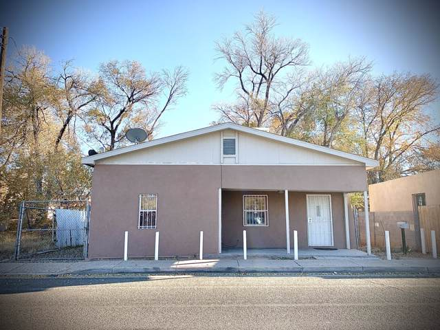 2306 Indian School Road NW, Albuquerque, NM 87104 (MLS #957706) :: Campbell & Campbell Real Estate Services