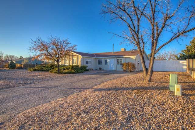 202 Pecos Loop SE, Rio Rancho, NM 87124 (MLS #957718) :: Silesha & Company