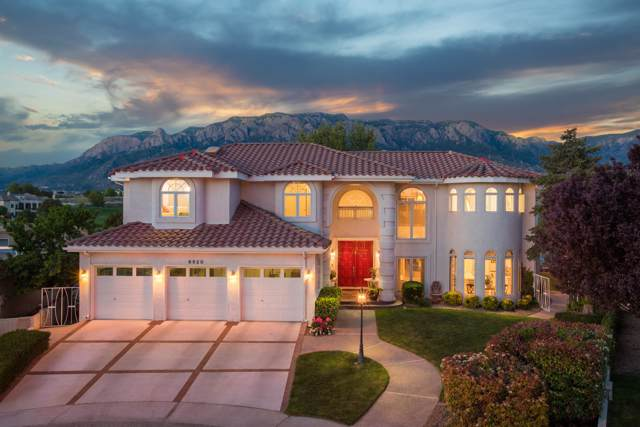 6520 Lowell Street NE, Albuquerque, NM 87111 (MLS #957721) :: Campbell & Campbell Real Estate Services