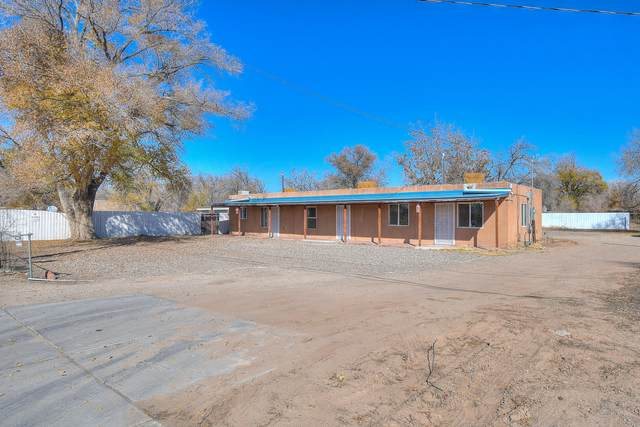 1863 Five Points Road SW, Albuquerque, NM 87105 (MLS #957797) :: Campbell & Campbell Real Estate Services