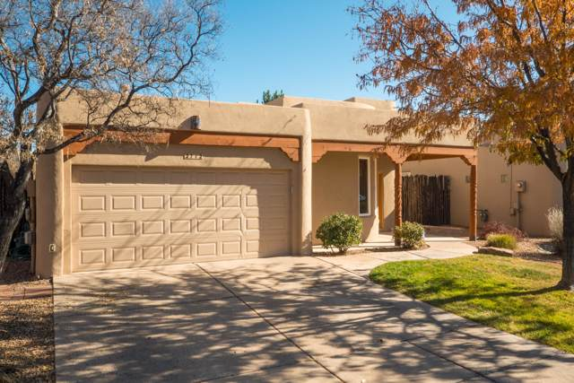 2712 Calle Tranquilo NW, Albuquerque, NM 87104 (MLS #957817) :: Campbell & Campbell Real Estate Services