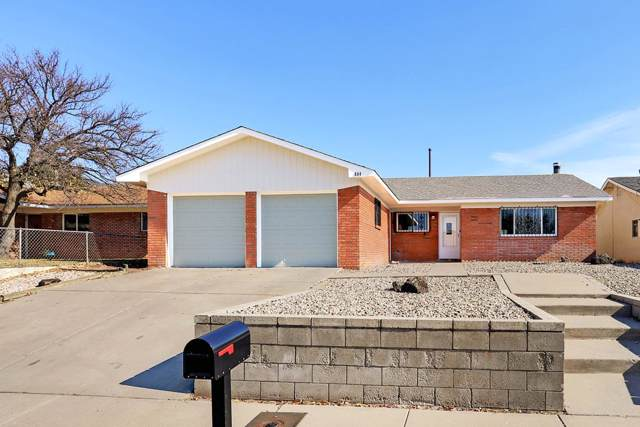 804 Nakomis Drive NE, Albuquerque, NM 87123 (MLS #957883) :: Campbell & Campbell Real Estate Services