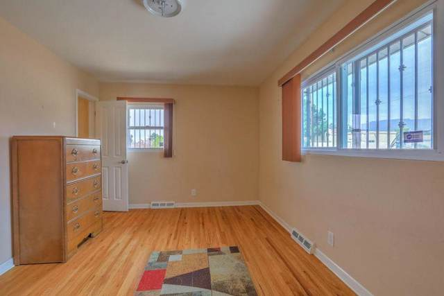 3136 Indiana Street NE, Albuquerque, NM 87110 (MLS #957929) :: Campbell & Campbell Real Estate Services