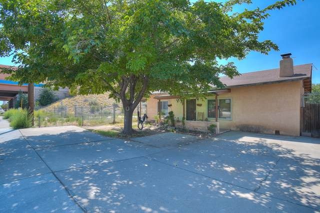 2111 Broadway Boulevard NE, Albuquerque, NM 87102 (MLS #957935) :: Campbell & Campbell Real Estate Services