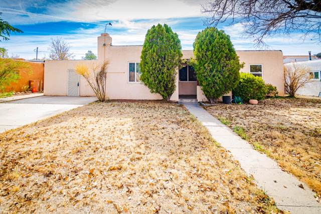3016 Frontier Avenue NE, Albuquerque, NM 87106 (MLS #957980) :: Campbell & Campbell Real Estate Services