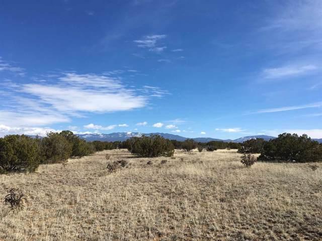 11 Paseo De Estrellas, Santa Fe, NM 87507 (MLS #958110) :: Campbell & Campbell Real Estate Services