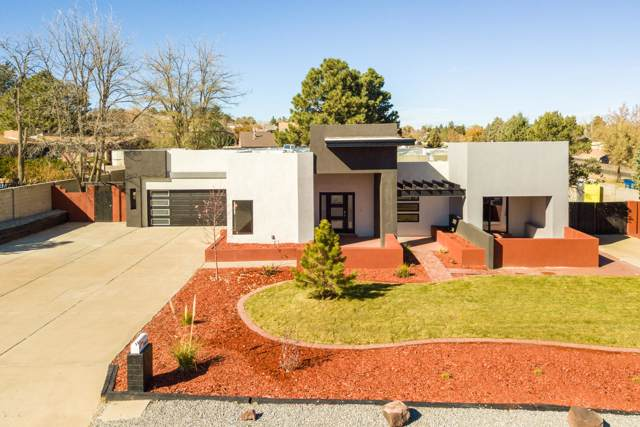 9944 Radcliffe Road NW, Albuquerque, NM 87114 (MLS #958208) :: Campbell & Campbell Real Estate Services