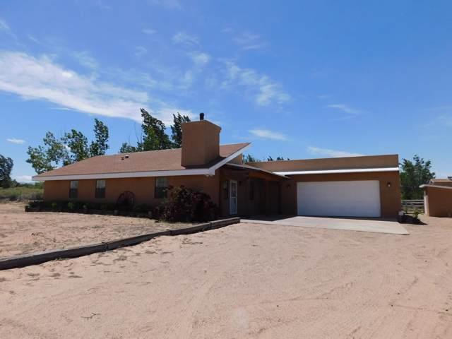 10 Frances Road, Los Lunas, NM 87031 (MLS #958282) :: Berkshire Hathaway HomeServices Santa Fe Real Estate