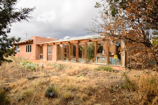 15 Blue Crow Lane, Sandia Park, NM 87047 (MLS #958375) :: Campbell & Campbell Real Estate Services