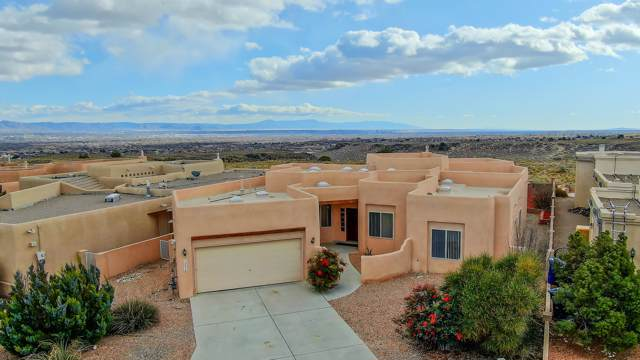 5216 Marcadas Road NW, Albuquerque, NM 87114 (MLS #958421) :: Campbell & Campbell Real Estate Services