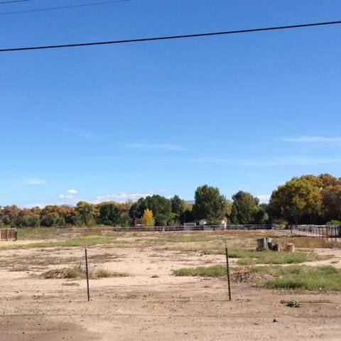 97 Camino De Los Chavez, Belen, NM 87002 (MLS #958440) :: Campbell & Campbell Real Estate Services