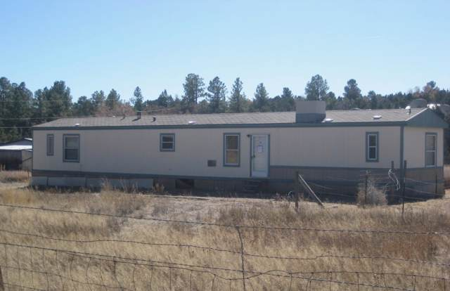 1 Moon Ranch Road, Tijeras, NM 87059 (MLS #958500) :: Campbell & Campbell Real Estate Services