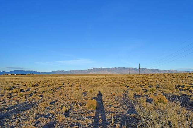 Lot 18 Navajo Road, Rio Communities, NM 87002 (MLS #958717) :: Campbell & Campbell Real Estate Services
