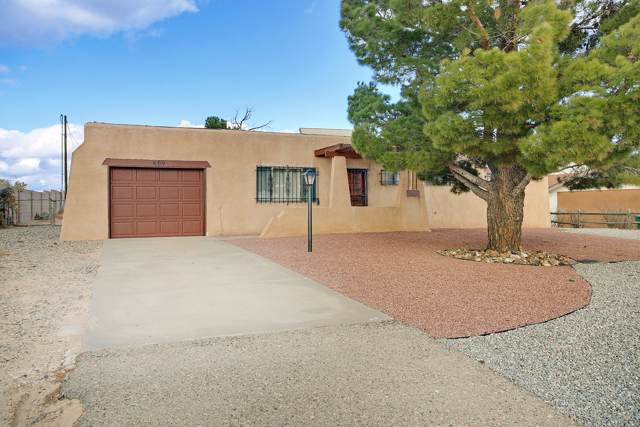 609 10th Avenue NW, Rio Rancho, NM 87144 (MLS #958797) :: Campbell & Campbell Real Estate Services