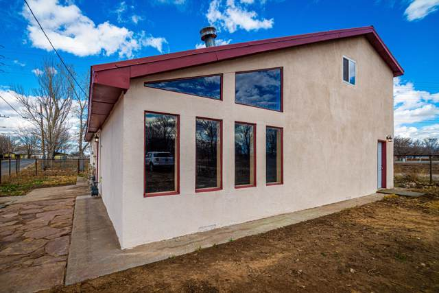 1 Gonzales Road, Belen, NM 87002 (MLS #958946) :: Campbell & Campbell Real Estate Services