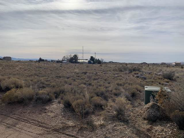 104 11th Avenue NE, Rio Rancho, NM 87144 (MLS #958969) :: Campbell & Campbell Real Estate Services