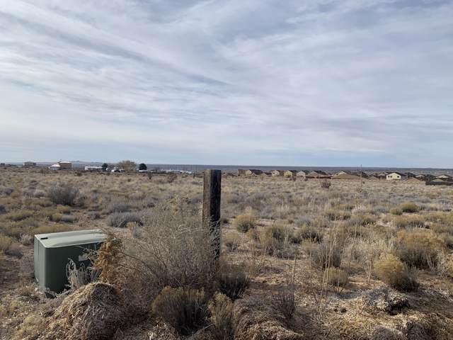 44 11th Avenue NE, Rio Rancho, NM 87144 (MLS #958970) :: Campbell & Campbell Real Estate Services