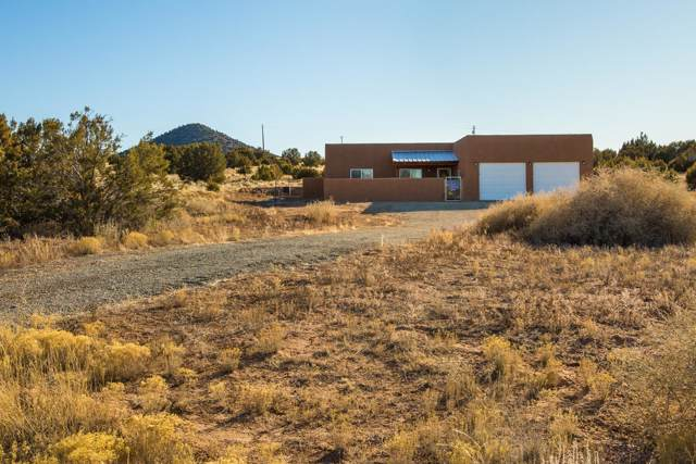 22 Calle Milpa, Santa Fe, NM 87507 (MLS #959513) :: The Bigelow Team / Red Fox Realty