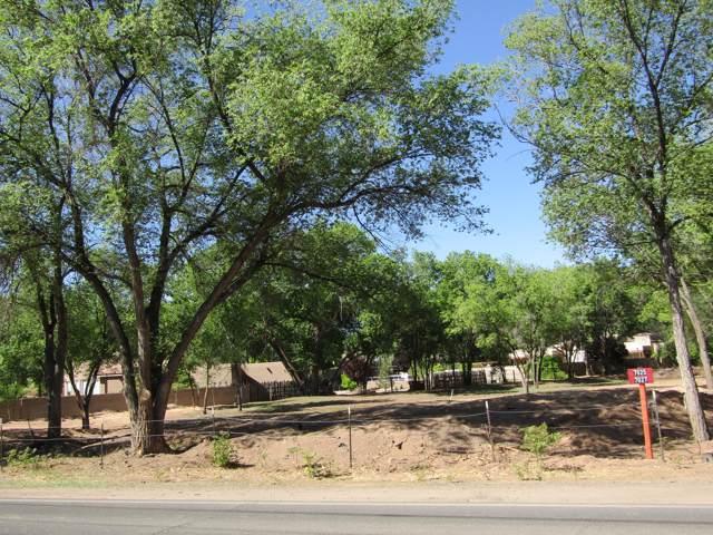 2 Happy Trails Lane, Corrales, NM 87048 (MLS #959538) :: Sandi Pressley Team
