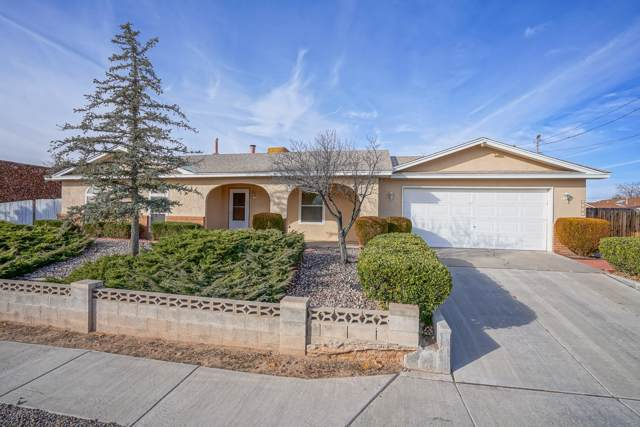 4500 Olympic Court NW, Albuquerque, NM 87114 (MLS #959757) :: Campbell & Campbell Real Estate Services