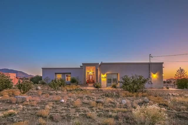 11206 Carmel Avenue NE, Albuquerque, NM 87122 (MLS #959898) :: The Buchman Group